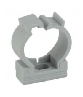 Крепеж-клипса (серый) для трубы d 32мм с фиксатором (40/400/20000) ЭРА