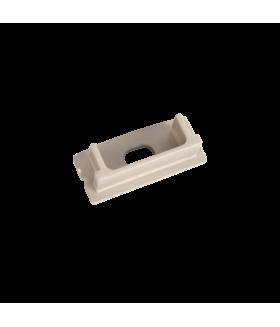 Торцевая крышка для накладного профиля с отверстием